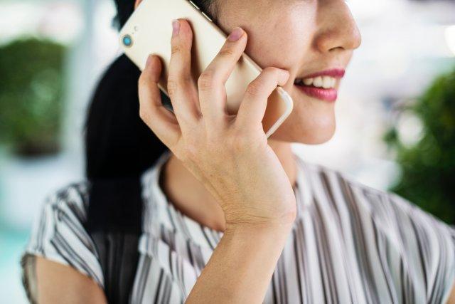 telefoon bereikbaarheid rawpixel-703123-unsplash (1)