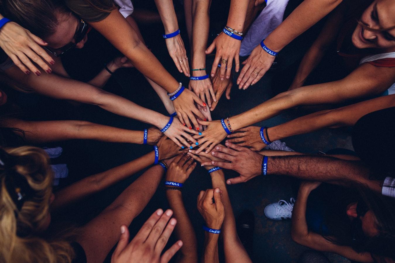 handen maat jongeren